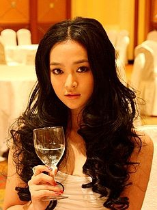 He Zhuo Yan