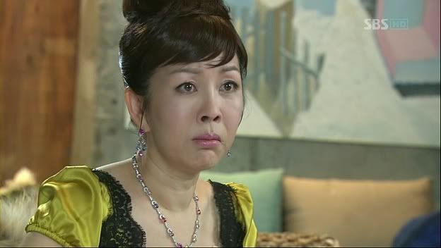 Kdrama Encyclopedia - 5 Types of Drama Moms