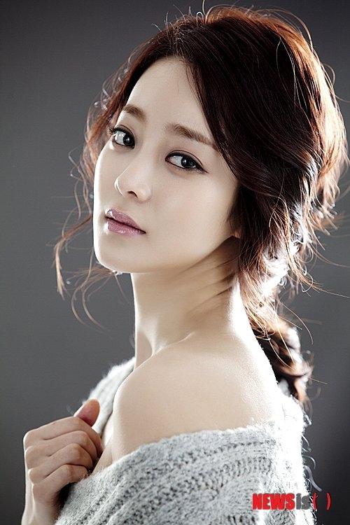 Hwang Ji Ni