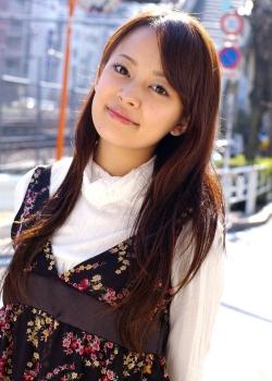 Akimoto Miri