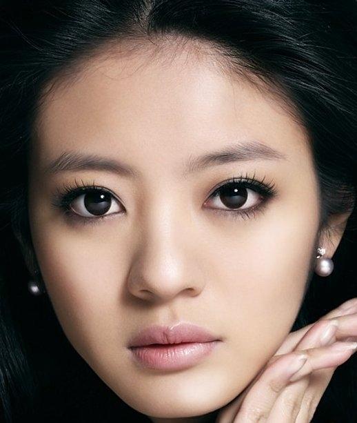 <b>Ady An Yi Xuan</b> | Actress Wallpapers Portal